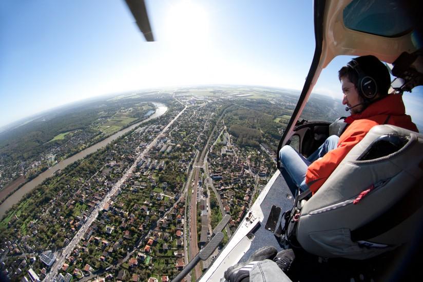 Hélicoptère bi-turbine Ecureuil AS355
