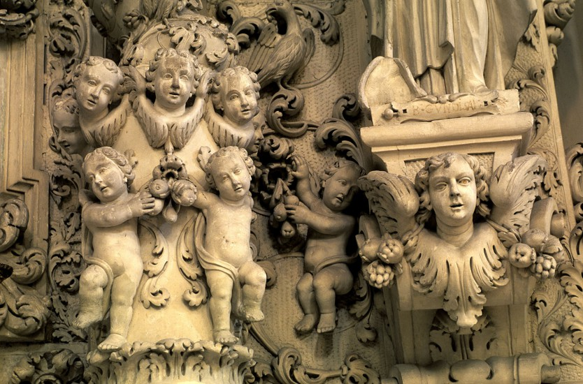 ITALIE - Péninsule salentine - Les Pouilles, la botte secrète. Nichées dans le talon de la botte italienne, baignées par l'Adriatique et la mer Ionienne, imprégnées d'histoire médiévale, les Pouilles déroulent leur chapelet de monuments et leurs champs d'oliviers le long de côtes dentelées. (80 photos) Voir le reportage sur Divergence-Images