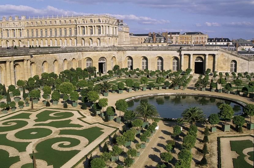 ILE DE FRANCE - Fontainebleau, Versailles, Vaux-le-Vicomte, Saint Germain - Parcs et Château autour de Paris. Ce « pays de rois » égrène parcs et demeures royales aux portes de Paris. Versailles, Fontainebleau, Saint-Germain-en-Laye et Vaux-le-Vicomte sont quatre des étoiles qui brillent au firmament de l'histoire de France.. (100 photos)  Voir le reportage sur Divergence-Images