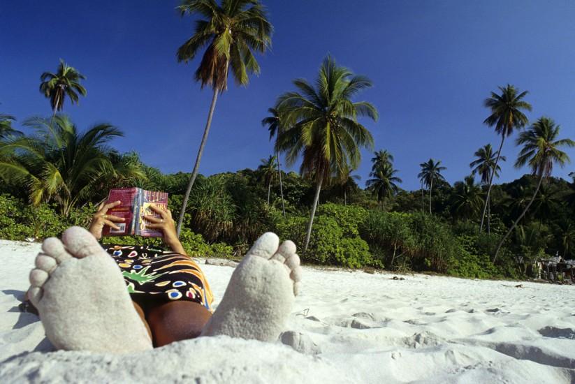 MALAISIE - Les îles Tioman, Kapas et les Perenthian - Paradis en mer de Chine. Envolez-vous pour la côte Est de la Malaisie et ses îlots baignés par la mer de Chine. Ces paradis perdus sont bon marché, avec en prime tortues pondeuses et singes rieurs... (80 photos) Voir le reportage sur Divergence-Images