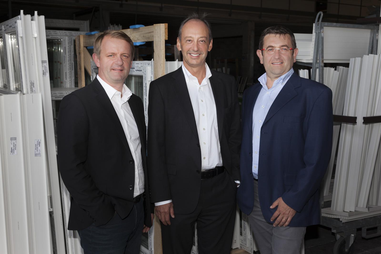 portraits des 3 nouveaux dirigeants du groupe vial. Black Bedroom Furniture Sets. Home Design Ideas