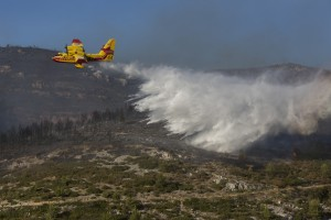 France, Bouches-du-Rhône (13), Marseille, incendie dans les calanques le 5 septembre 2016 au départ de Luminy entre Marseille et Cassis sur plus de 300 ha. Canadair