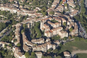France, Var (83), village de Flayosc (vue aérienne)