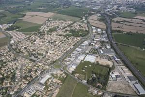 France, Gard (30), Nîmes Sud, Caissargues, zone d'activité  (vue aérienne)