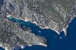 France, Bouches-du-Rhône (13), Marseille et Cassis, Parc National des Calanques, massif des calanques, En Vau (vue aérienne)
