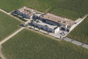 France, Gironde (33), saint Emilion, château Pavie, vignobles Perse, premier grand cru classé A de Saint Emilion (vue aérienne)