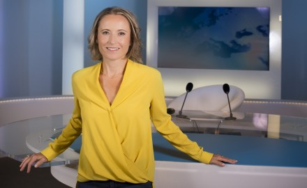 France, Bouches-du-Rhône (13), Marseille, France 3 Méditerranée, portrait de la  journaliste Claire Lacroix