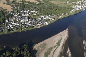 France, Maine-et-Loire (49), Montsoreau, Candes Saint Martin, bords de  Loire  (vue aérienne)