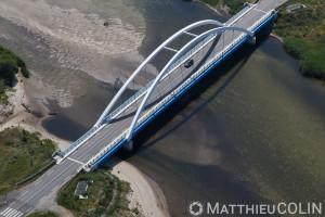 France. Corse du Sud (2A), golfe de Sagone, commune de Coggia, pont sur l'embouchure du Liamone, plage de san Giuseppe  (vue aérienne)