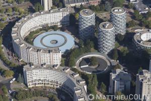 France, Val de Marne (94), Créteil, Quartier du Palais, immeuble en cercle ou rond ou courbe (vue aérienne)