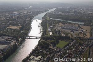France, Val de Marne (94), Orly et Villeneuve Saint Georges, la Seine  (vue aérienne)