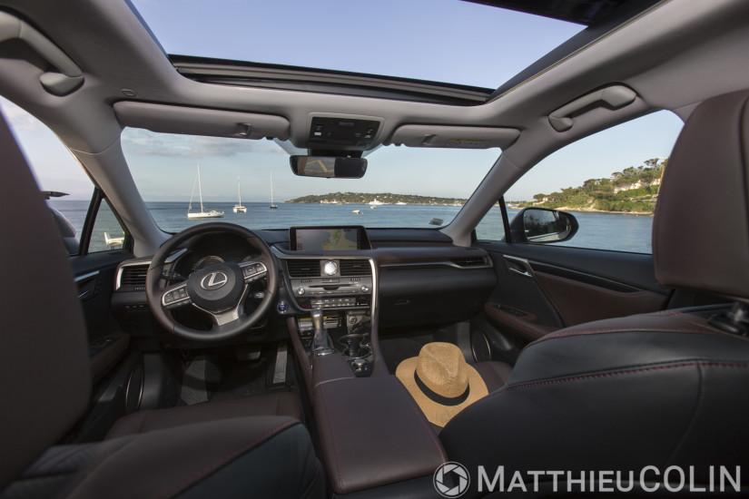 Lexus RX 450h Hybrid intérieur