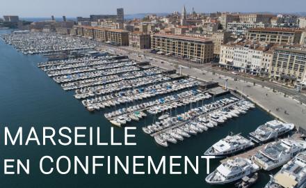 France, Bouches-du-Rhône (13), Marseille,  Vieux port, quai du port, la Mairie et le quartier du Panier (vue aérienne)