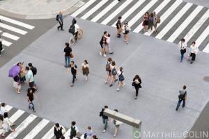 Japon, île de Honshu, région de Kanto, Tokyo, quartier de Ginza, carrefour et passage piéton//Japan, Honshu Island, Kanto region, Tokyo, Ginza district, crossroads and pedestrian crossing
