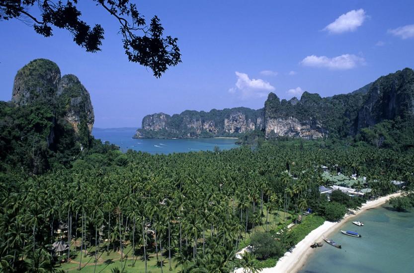 THAILANDE - Les îles de la mer Andaman - Robinson des mers du sud. Une escapade façon Robinson, au fil des îles de Krabi, Koh Phi Phi et Phuket, trois petits archipels nichés dans les eaux turquoises de la mer d'Andaman, à 920 km au sud de Bangkok. (140 photos) Voir le reportage sur Divergence-Images