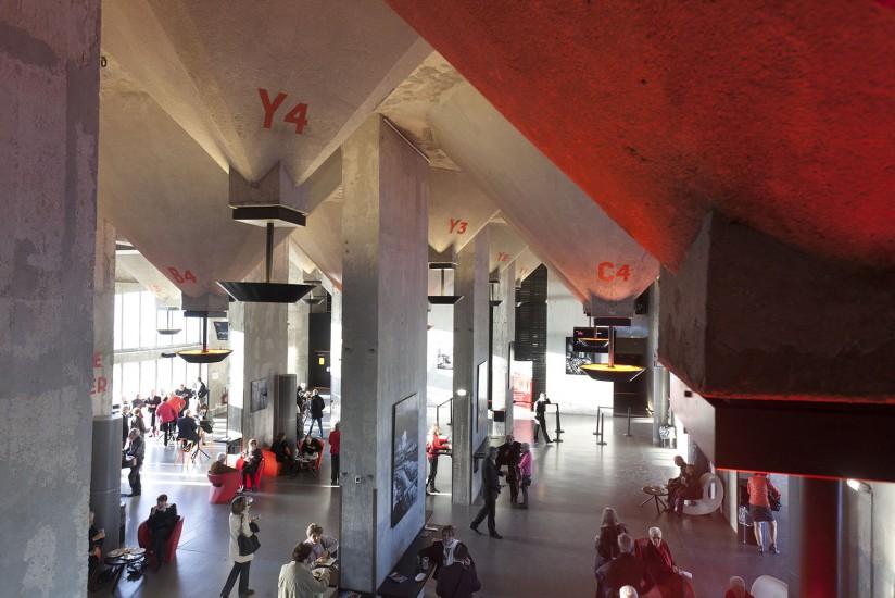 Le Silo est un ancien silo à grain transformé en salle de spectacle au coeur de Marseille, capitale européenne de la Culture Voir le reportage sur Divergence-Images