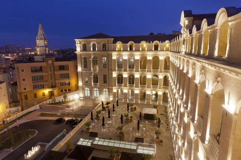 Hotel Dieu, Palace 5 étoiles du groupe intercontinental dans le quartier du Panier Voir le reportage sur Divergence- Images