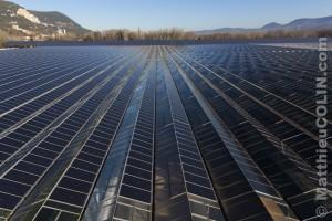 France, Ardèche (07), Curas, centrale solaire photovoltaïque Cap Vert Energie sur des serres agricoles (vue aérienne)