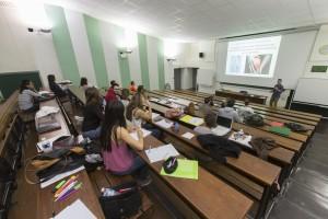 France, Bouches-du-Rhône (13), Marseille, Institut de Formation en Masso-Kinésithérapie de Marseille ou IFKM, amphithéâtre