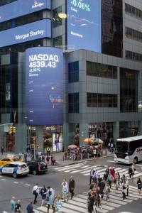 Etats-Unis, New York, Manhattan, Times Square, Morgan Stanley Venture Partnership avec l'indice du Nasdaq