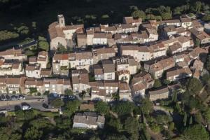 France, Var (83), Golfe de Saint Tropez, Gassin (vue aérienne)