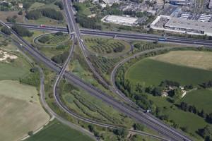 France, Gard (30), Nîmes, Nîmes Sud, échangeur autoroute A54 et A9  (vue aérienne)