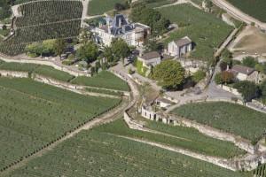 France, Gironde (33), saint Emilion, château Ausone, premier grand cru classé de Saint Emilion (vue aérienne)