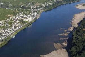 France, Maine-et-Loire (49), Montsoreau, château sur les bords de  Loire  (vue aérienne)