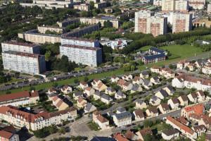 France, Yvelines (78), Trappes en Yvelines, merisiers (vue aerienne)