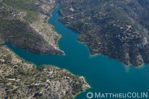 France, Alpes-de-Haute-Provence (04), Esparron-de-Verdon, Parc Naturel Regional du Verdon, lac d'Esparron (vue aerienne)
