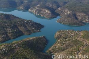 France, Alpes-de-Haute-Provence (04), Esparron-de-Verdon, Parc Naturel Regional du Verdon, lac d'Esparron, barrage EDF (vue aerienne)