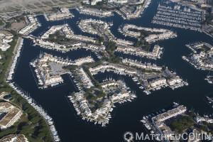Camargue, Le Grau-du-Roi, Port-Camargue, le plus grand port de plaisance d'Europe (vue aérienne)