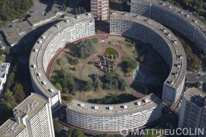 France, Val de Marne (94), Créteil, Quartier du Palais, Montaigut, immeuble en cercle ou rond (vue aérienne)