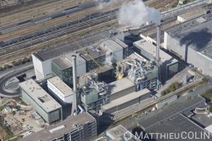 France, Val de Marne (94), Ivry-sur-Seine, gare de triage sncf réseau en amont de la gare d'Austerlitz et usine d'incinération d'Ivry-Paris 13eme, Syctom, agence métropolitaine des déchets ménagers (vue aérienne)