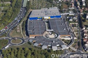 France, Val de Marne (94), Thiais, centre commercial Thiais village et magasin Ikea (vue aérienne)