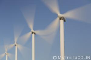 France, Aude (11), Névian, parc éolien de la Grande Garrigue de Névian, composé de 21 éoliennes, turbine gamesa eolica de 0,85MW pour une puissance totale de 17,55 MW, Compagnie du vent LCV, Engie Green, filiale d'Engie spécialisée dans les énergies renouvelables