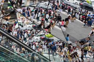 Japon , région de Kanto, Tokyo, entrée en miroirs du centre commercial Tokyu Plaza Omotesando Harajuku//Japan, Kanto region, Tokyo, mirrored entrance to the Tokyu Plaza shopping center Omotesando Harajuku